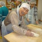 麺打ちボランティア