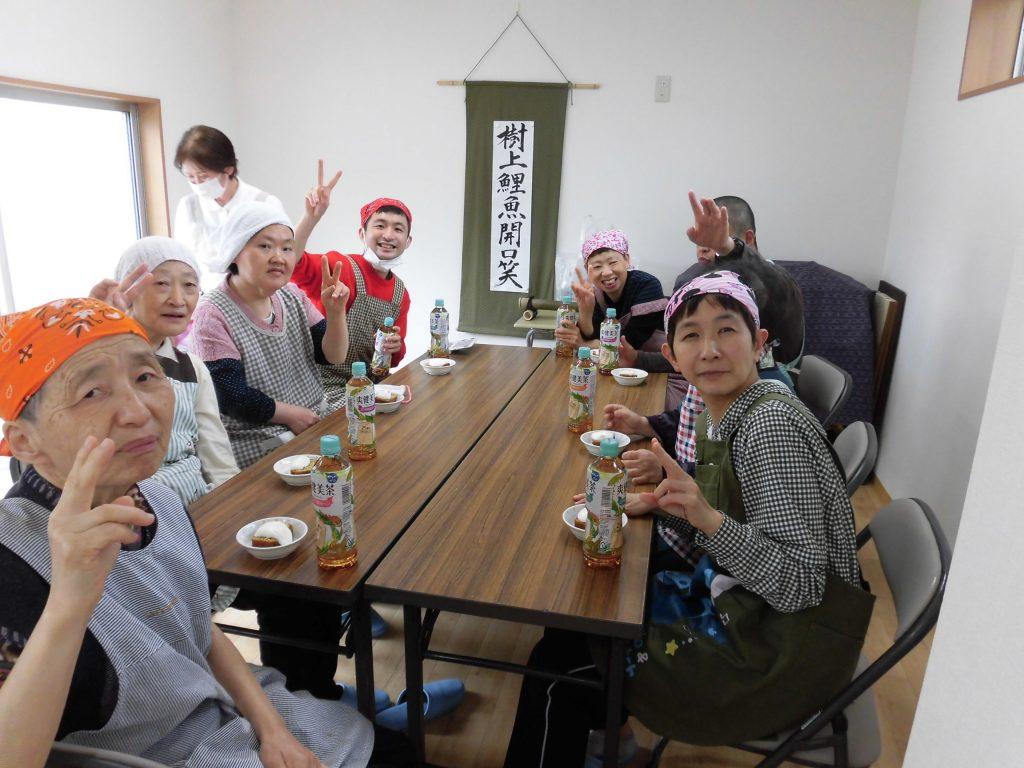 すかい寮 お菓子作り(山椒ケーキ)