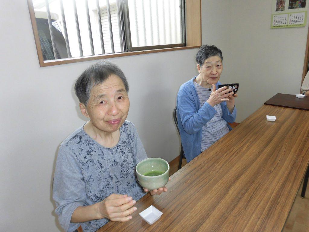 6月「わさび」と「からし」の茶道教室